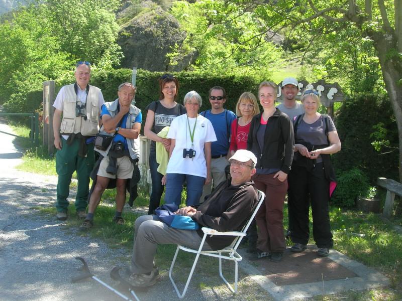 Ces personnes ont participé au comptage de printemps des marmottes du site d'Eygliers Mont-Dauphin