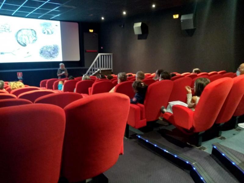 Présentation de la vie de la marmotte au cinéma de Vars Sainte-Marie.